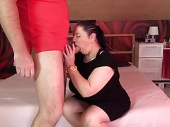 Mature chubby mom suck and fuck fat cock Thumb