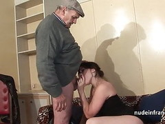 Amateur squirt brunette hard DP in foursome with Papy Voyeur Thumb
