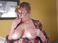 Amateur granny with big boobs and hungry pussy Thumb