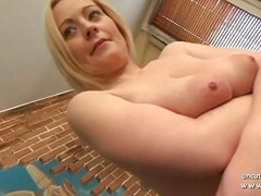 Gorgeous amateur french mom hard analyzed with ass to mouth Thumb