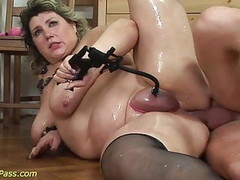 bbw mom gets pumped and anal fucked Thumb