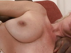 Lili, Mature Anal Whore Thumb