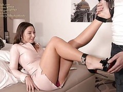 julie skyhigh best shoejob EVER in arched louboutin heels Thumb
