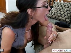 Sex teacher Ariella Ferrera take cock outdoors Thumb
