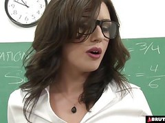 BrutalClips  Teacher services her class Thumb