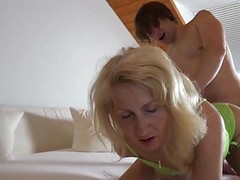 Milf fucking with a Young Student Thumb