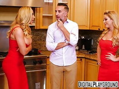 DigitalPlayground - Thanks giving Turkey Toss with Cherie De Thumb